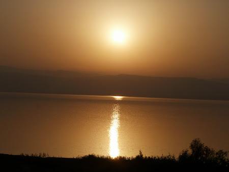 Obiective turistice Iordania: Apus de Soare la Marea Moarta