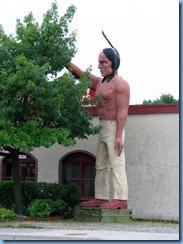 2625 Minnesota Bemidji - Nanobojo, Muffler Man Paul Bunyan's Foe