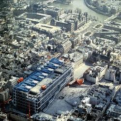 01.- Richard Rogers y Renzo Piano. Centro Pompidou