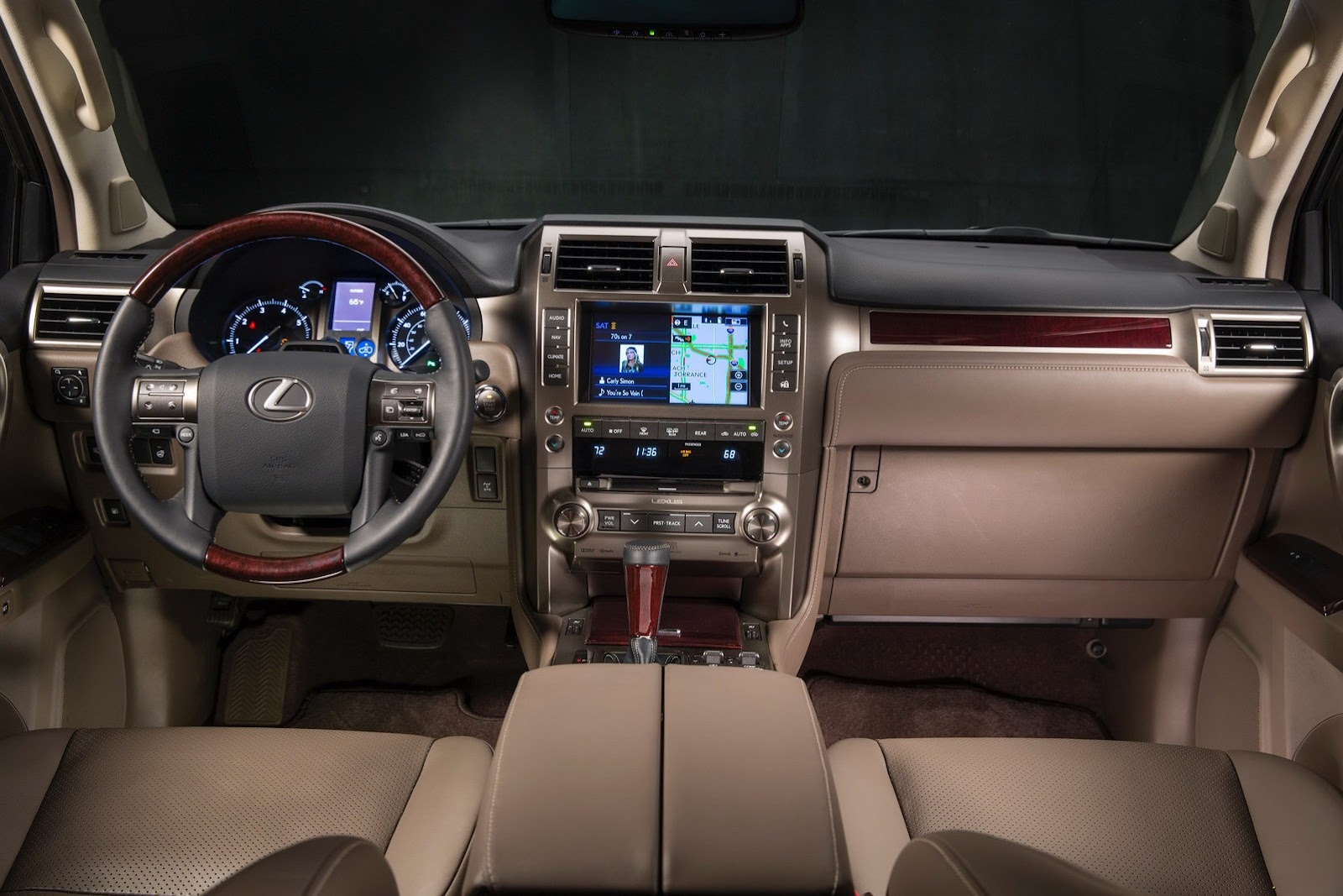 However the better equipped luxury model which includes navigation blind spot monitor with rear cross traffic alert and an adaptable air suspension