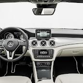 2014-Mercedes-CLA-19.jpg