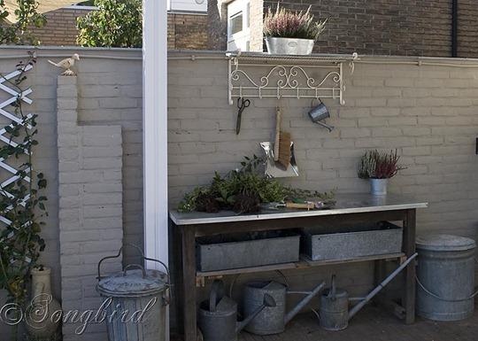 Garden Work Bench 4