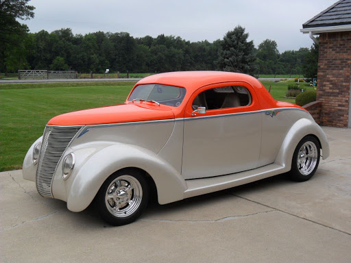 Pat Harvey, 1937 Ford Coupe,