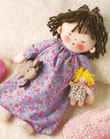 boneca guarda pijama