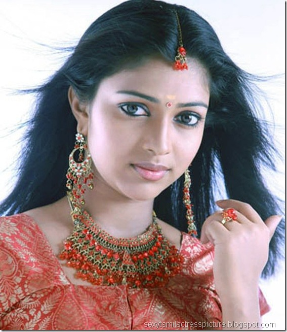 Amala Paul un Seen Stills - 03