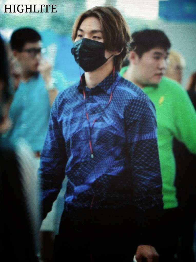 Big Bang - Incheon Airport - 12sep2014 - Dae Sung - Fansite - High Lite - 02.jpg