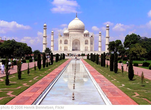 'Agra - Taj Mahal' photo (c) 2006, Henrik Bennetsen - license: https://creativecommons.org/licenses/by-sa/2.0/