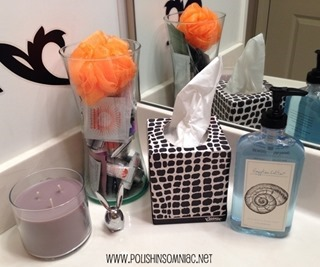 Set out a jar of samples in the bathroom for overnight guests - or for friends that love samples! #KleenexStyle
