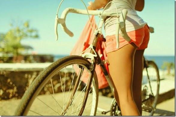 girls-riding-bicycles-029