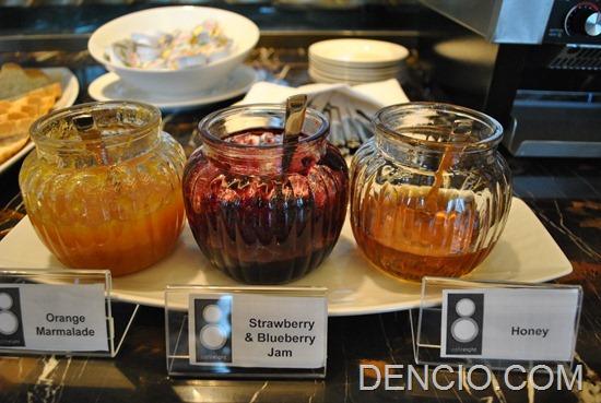 Cafe Eight Buffet Crimson Hotel Manila 03