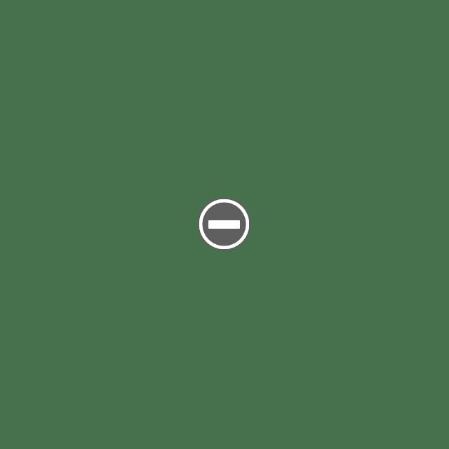 6300589614 20c2d89d2c b Деревянные часы Клейтона Бойера.