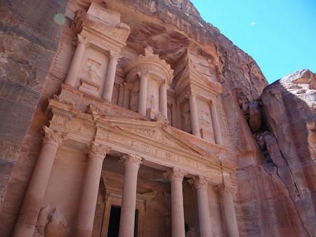 18. Tezaurul din Petra.JPG