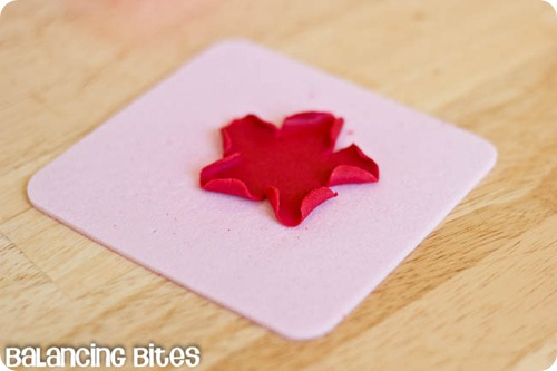 How to make small gumpaste roses (16)