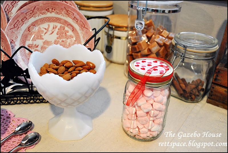 sewing room cocoa, tea bar 016