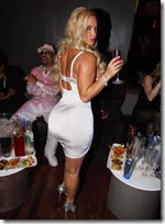 coco_austin_turns_35_years_oldlets_celebrate_640_09