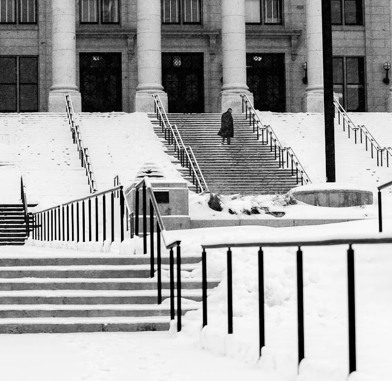 snow at the utah state capitol