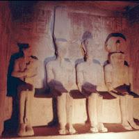 38.- Santuario del Gran speo de Ramses II. Abu Simbel