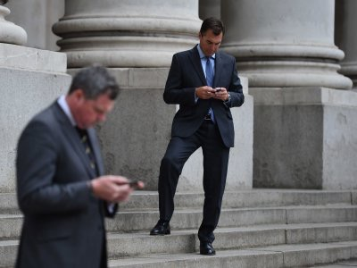 Your old emails are fair game to the US government   http://www.businessinsider.com/your-old-emails-are-fair-game-to-the-us-government-2015-2