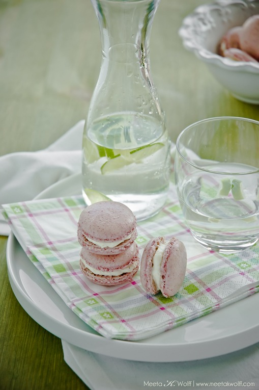 Raspberry Coconut Macarons (0098) by Meeta K. Wolff