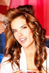 vic006com-fashion-show-media-kit-2013-alessandra-hair-backstage-victorias-secret-hi-res