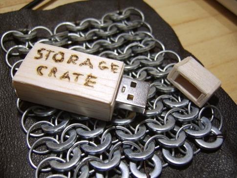 10. Cajón de almacenamiento USB