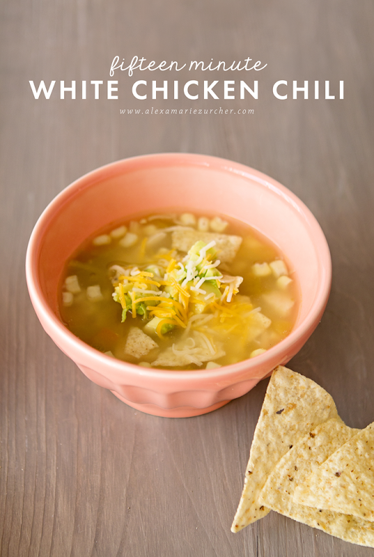 fifteen minute white chicken chili - easy dinner recipe
