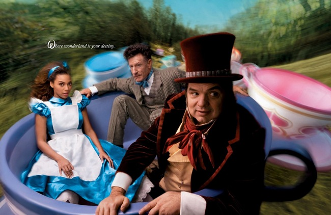 Disney_beyonc_as_alice_in_wonderland_with_oliver_platt_as_the_mad_hatter_and_lyle_lovett_as_the_march_hare