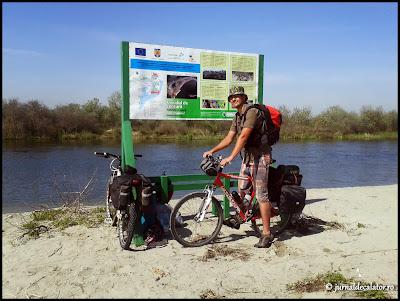 Cu bicicleta in Delta Dunarii