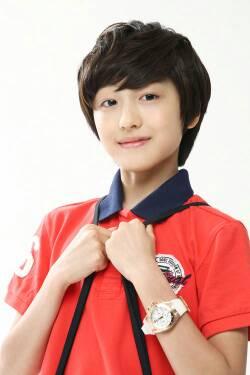 Profil KANG CHAN HEE Pemeran Cha Dong Joo  Dongju