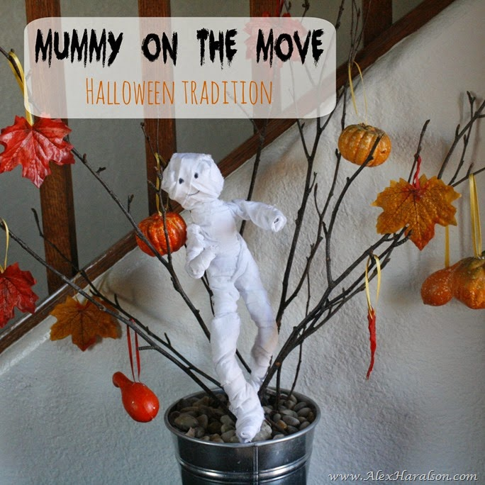Mummy_On_The_Move_halloween_tradition