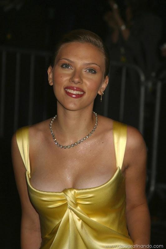 scarlett-johansson-linda-sensual-sexy-sexdutora-tits-boobs-boob-peitos-desbaratinando-sexta-proibida (296)