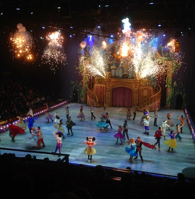 Disney on Ice presents Treasure Trove - Finale