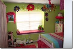 Ally Jayne's Window Seat Bright