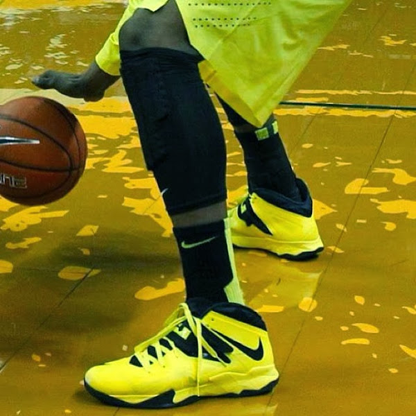 Wearing Brons Oregon Ducks8217 Nike Soldier VII PEs x3