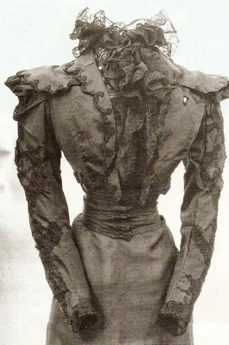 El-vestido-que-llevaba-el-da-en-que-[2]