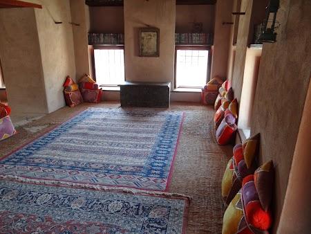 16. Camera de sfat in Nizwa fort.JPG