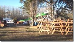 Mesas y bancos del Parque