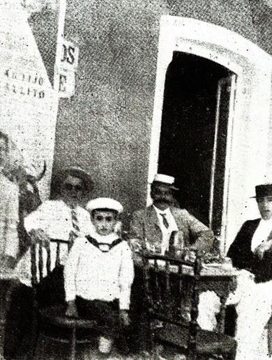 011 Joselito en Cádiz para presenciar 1ª novillada - copia