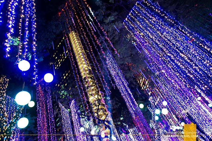 Ayala Enchanting Lights and Sounds Show 2012