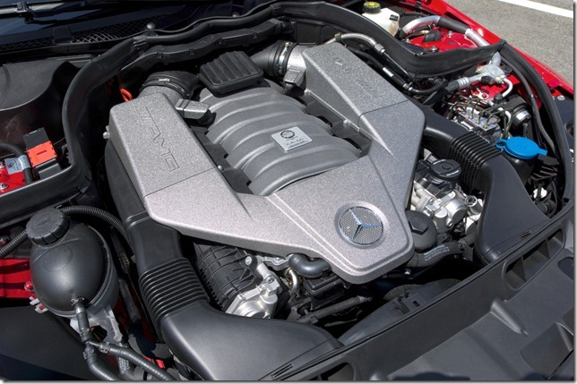 m-b-c63-coupe-black-seriesoficial27