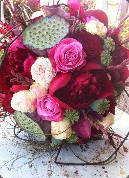 burgundy peony 557707_502860456405519_1223889336_n  the bouquets od ascha jolie au