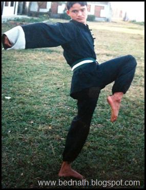 प्रशिक्षणको समयमा : सरस्वती उमाबि (इँटाभट्ट –दमक ) को प्रांगणमा !