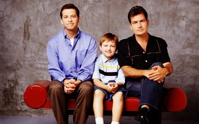 Ya puedes ver las 4 primeras temporadas de Two and a Half Men en Netflix