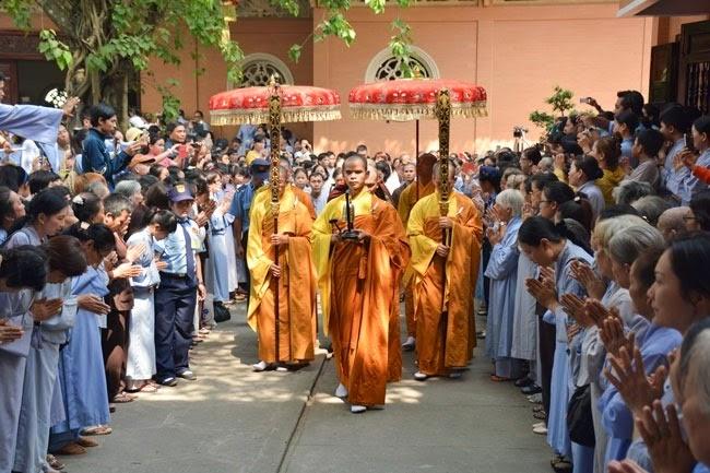 tam-tang-phap-su-thuyet-phap-chua-Hoang-Phap (17)