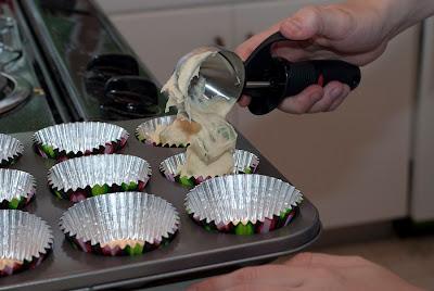 RhubarbCupcakes (4 of 6).jpg