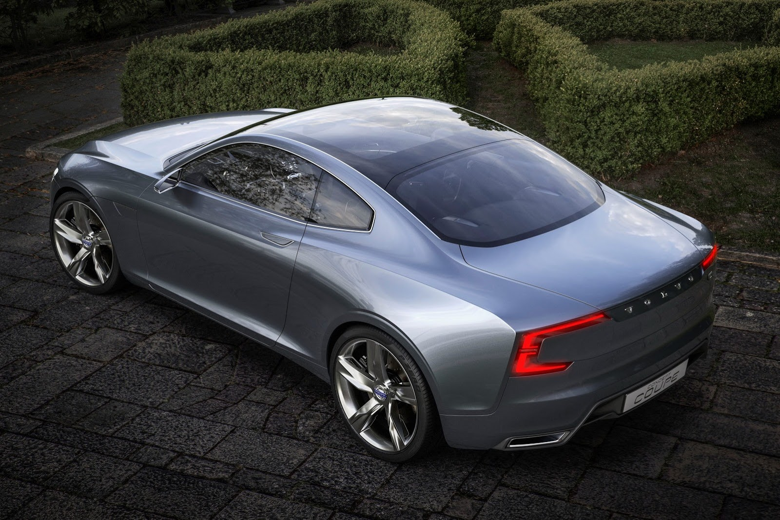Volvo-Concept-Coupe-9%25255B2%25255D.jpg