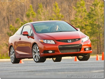 Honda Civic Si Coupe 4