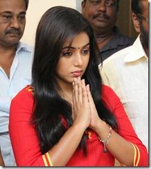 Actress Poorna at Jannal Oram Movie Launch Photos