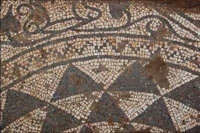 Ψηφιδωτά από την αρχαιολογική συλλογή θα εκτεθούν στην πλατεία της Σάμης