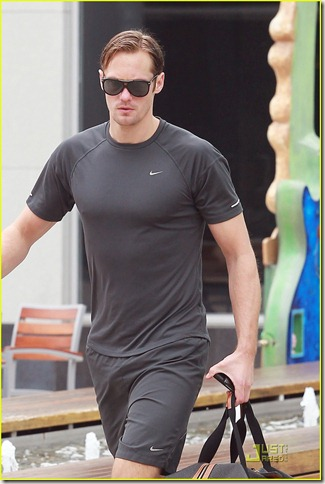 alexander-skarsgard-working-out-03
